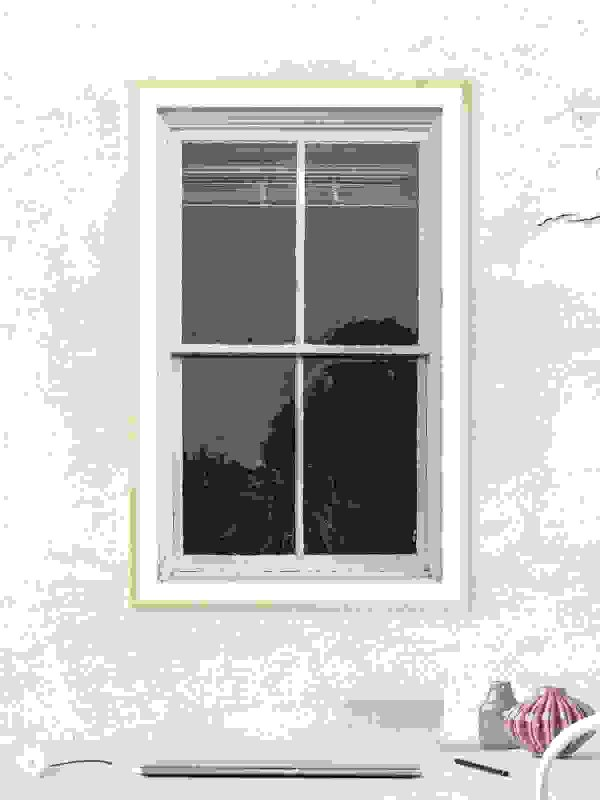 Window photo frame